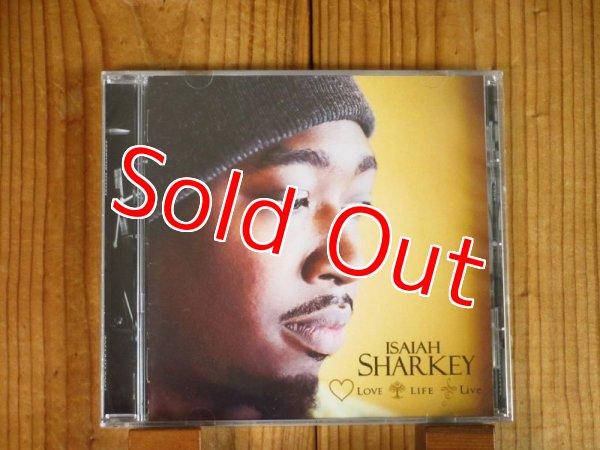 画像1: 今やブラック・ミュージックシーンで最も注目されているギタリスト、イザイアシャーキーの2018年作が再入荷!■Isaiah Sharkey / Love Life Live (1)