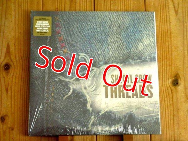 画像1: アメリカ音楽界の至宝シェリルクロウの2019年作!ビッグスター達が集結した歴史的デュエット・アルバムがアナログ盤で入荷!■Sheryl Crow / Threads (1)