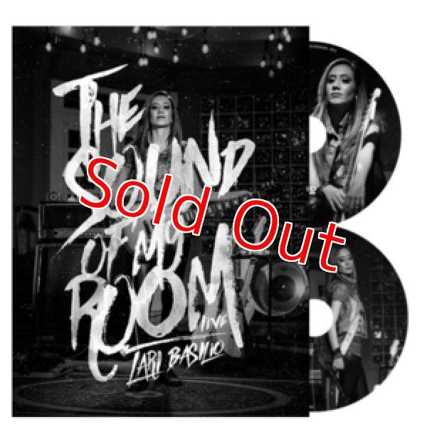 画像1: ★先着オリジナル・ピック付き★ 今やSNS界のスター、新世代女性ギタリスト、ラリバシリオのDVD+CDが入荷!■Lari Basilio / The Sound of My Room (DVD and CD) (1)